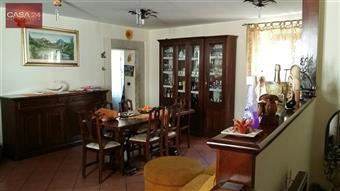 Appartamento in Corso Giuseppe Garibaldi, Carlacupa, Sermoneta