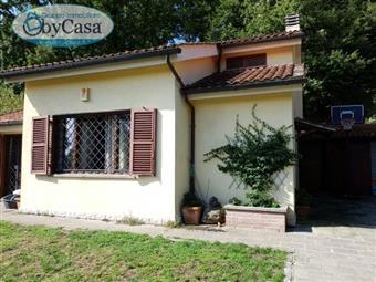 Villa in Via Di Villa Romana, Quadroni, Manziana