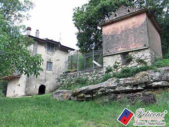 Villino in Via Monte Della Terra, Lenola