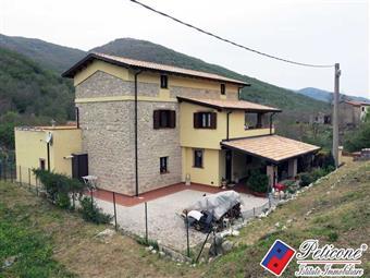Villino in Via Valle Funnana, Taverna, Campodimele