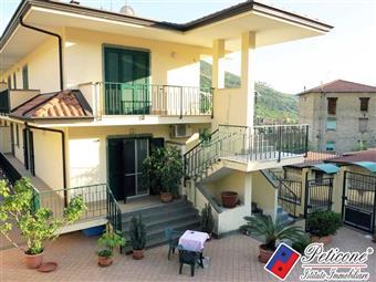 Villino in Via Ripa, San Magno Querce, Fondi