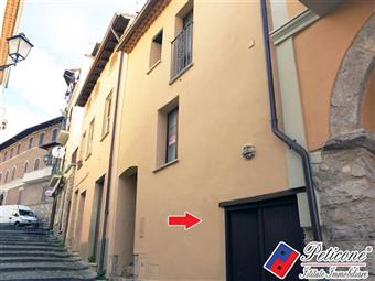 Trilocale in Viale Vittorio Emanuele, Lenola