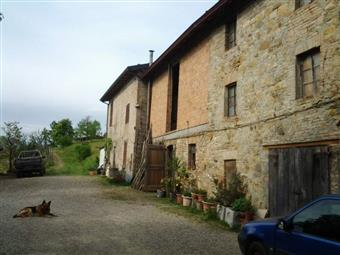 Rustico casale, Lugagnano Val D'arda, seminuovo