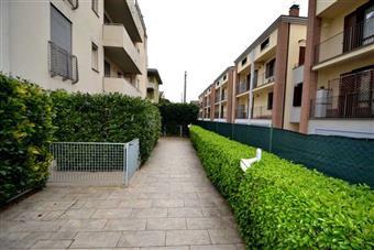 Trilocale in Via Bentivoglio 4, Parma