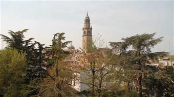 Appartamento in Via Saffi 14, Parma Centro, Parma