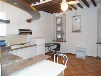 Monolocale in Borgo Parente 4, Parma Centro, Parma