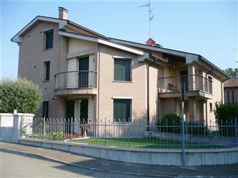 Trilocale in Via Polesine, Sant'ilario D'enza