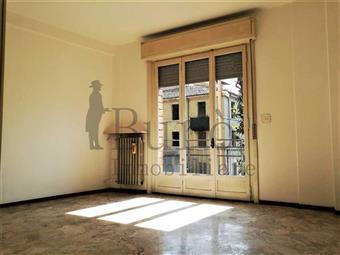Trilocale in Via Trento  40, San Leonardo, Parma