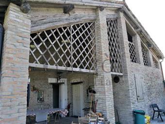 Casa singola in Strada Barghetto, Parma