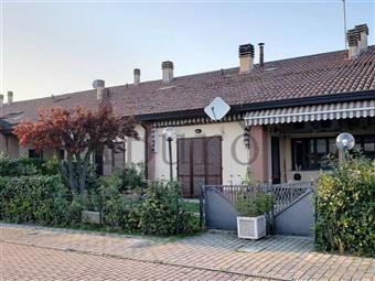 Villa a schiera in Strada Viazza Di Martorano, Parma