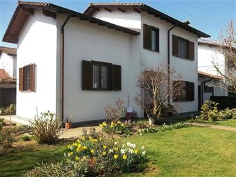 Villa, Tromello, abitabile