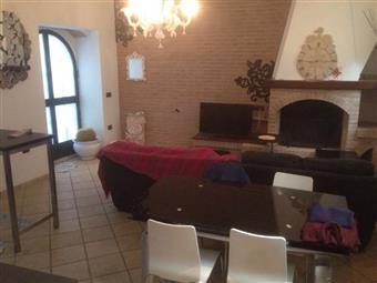 Casa semi indipendente in Centro Storico, Centro Storico, Ascoli Piceno