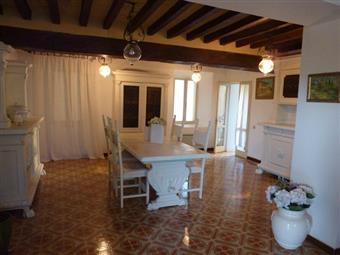 Rustico casale, Roccamalatina, Guiglia, in ottime condizioni