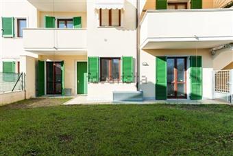 Casa semi indipendente in Via Silcia, Marina Di Massa, Massa