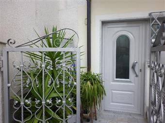 Casa semi indipendente in Via Don Minzoni, Periferia, Massa
