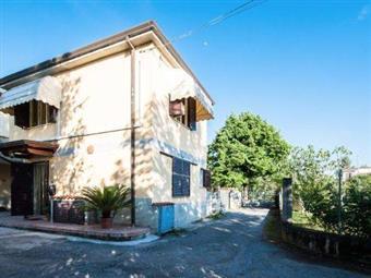 Casa singola in Poggiolo, Periferia, Massa