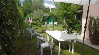 Casa singola in Via Del Cacciatore, Marina Di Massa, Massa