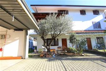 Villa a schiera in Via Iv Novembre, Nerviano