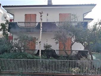 Casa singola in Via San Francesco, Riccione