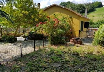 Casa singola in Strada Ponte Della Valle  50, Santa Veneranda, Pesaro