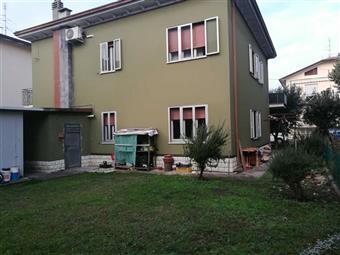 Casa singola in Viale San Lorenzo, Riccione