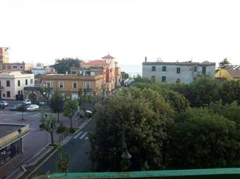 Trilocale in Via Venezia, Ladispoli