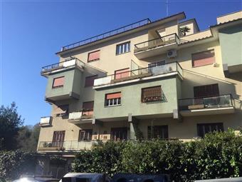 Appartamento in Via Adelaide Bono Cairoli, Ardeatino, Colombo, Garbatella, Roma