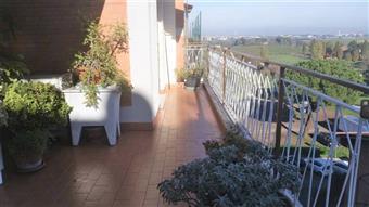 Trilocale in Via Dei Ruderi Di Casa Calda, Casilina, Prenestina, Centocelle, Alessandrino, Roma