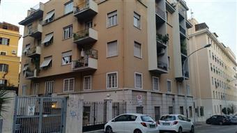 Trilocale in Via Luigi Ungarelli, Bologna, Nomentano, Roma
