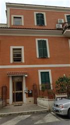 Trilocale in Via Ceccano, Casilina, Prenestina, Centocelle, Alessandrino, Roma