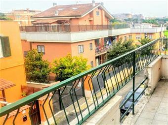 Bilocale in Via Delle Lobelie, Casilina, Prenestina, Centocelle, Alessandrino, Roma