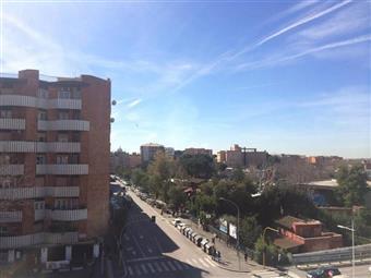 Trilocale in Circonvallazione Ostiense, Marconi, Ostiense, San Paolo, Roma