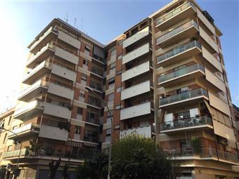Trilocale in Via Pietro Rovetti, Tuscolano, Don Bosco, Cinecittà, Roma