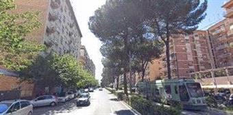 Locale commerciale in Via Prenestina, Casilina, Prenestina, Centocelle, Alessandrino, Roma
