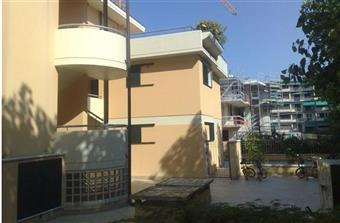 Appartamento in Cittã Giardino, Viareggio