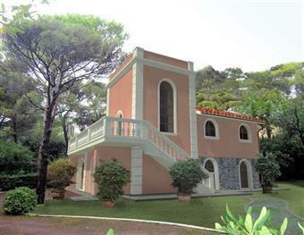Villa in Quercianella, Quercianella, Livorno