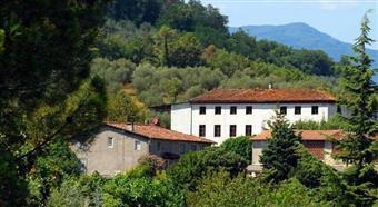 Rustico casale in San Quirico Di Moriano, San Quirico Di Moriano, Lucca