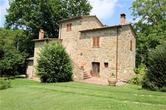 Rustico casale in Via Poschini, Lucignano