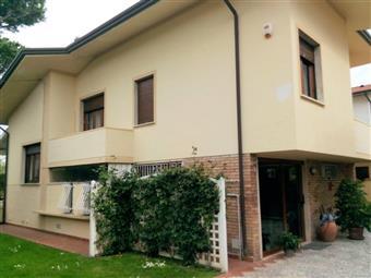 Villa in Via Italica, Lido Di Camaiore, Camaiore