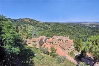 Quadrilocale in Volterra, Volterra