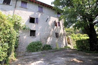 Rustico casale in Via 4 Novembre, Puntato, Stazzema
