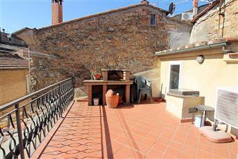 Appartamento in Piazza Dei Priori, Volterra
