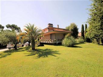 Villa, Ss. Annunziata, Lucca, in ottime condizioni