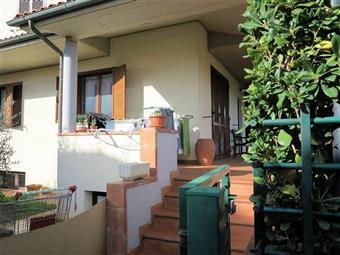 Villa a schiera in Via Trento, Follonica