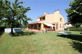 Villa, Spianate, Altopascio, in ottime condizioni