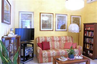 Appartamento in Via Virgilio, Viareggio