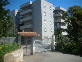 Appartamento in Via Maria Ausiliatrice, Reggio Calabria