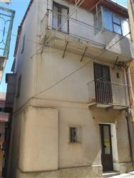 Palazzo in Via Raffaele Piria Vico Iv, Scilla