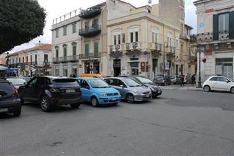 Negozio in Piazza Duomo, Centro, Reggio Calabria