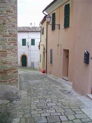 Trilocale in Piazza Ruggeri, Monte Roberto